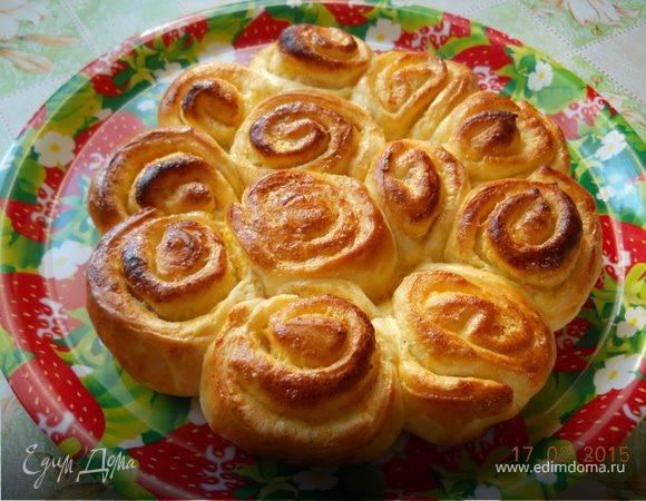 Дрожжевые булочки с апельсиновой цедрой