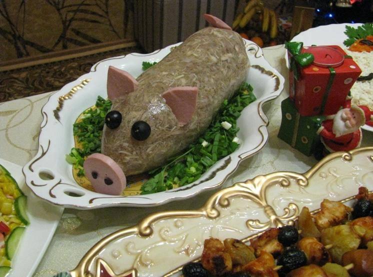 Холодец из курицы и свиных ножек