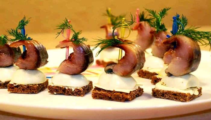 Разнообразные постные закуски для легкого праздничного меню