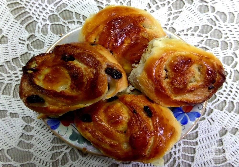 Изысканные булочки с изюмом