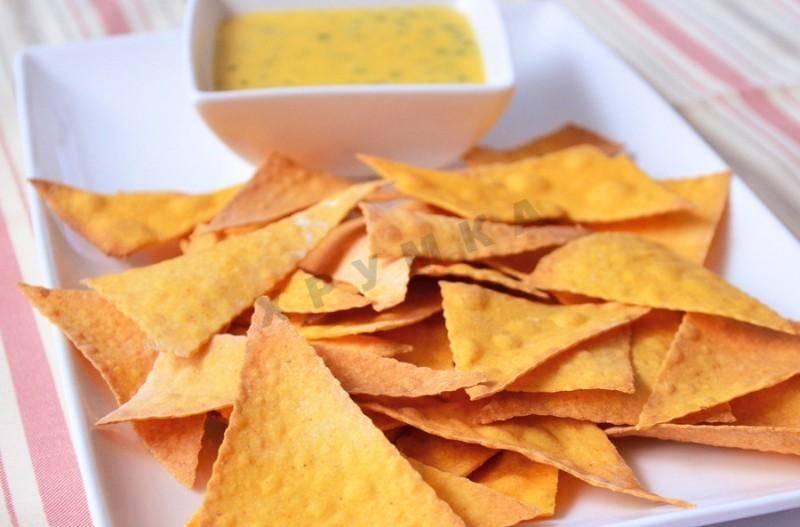 Картофельные чипсы в духовке - 7 пошаговых фото в рецепте