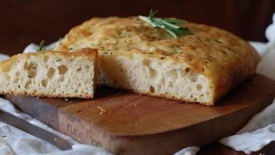 Фокачча лукана — вкуснейший ароматный итальянский хлеб