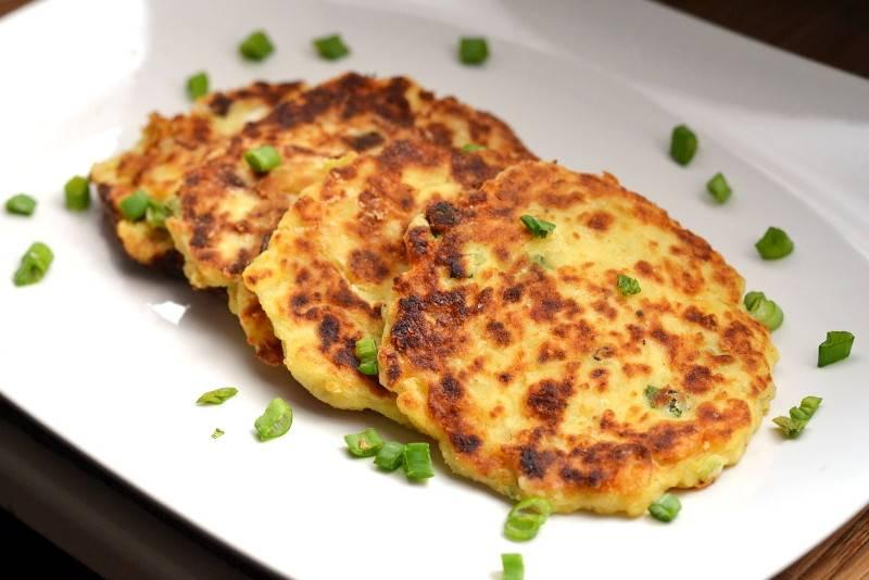 Картофельные оладьи с сыром: фото, пошаговый рецепт