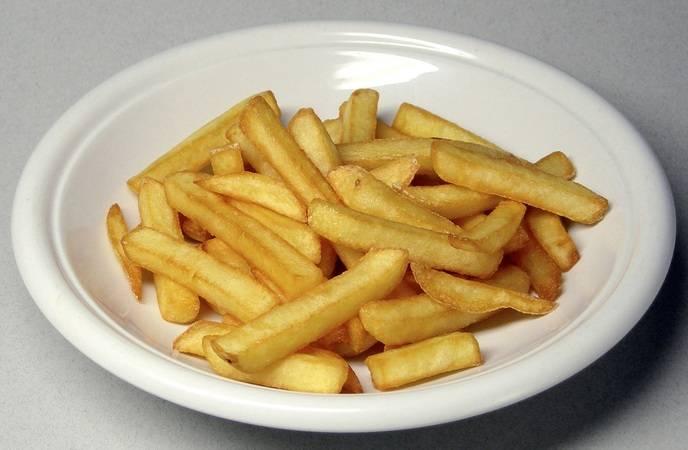 Как жарить картошку на сковороде правильно: советы, рецепты