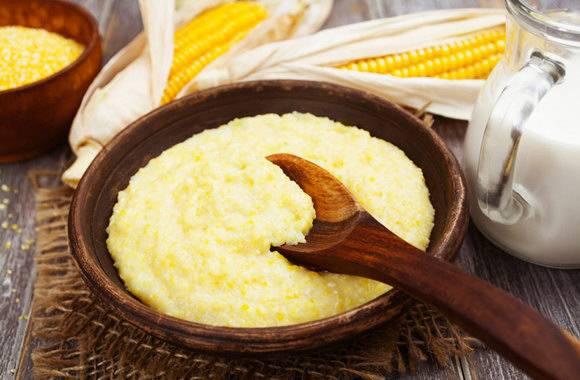 Кукурузная каша на молоке