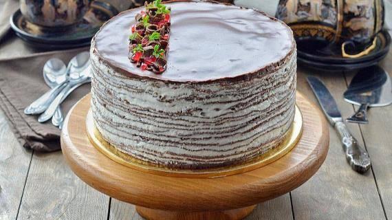 Изысканный шоколадный торт с ромом