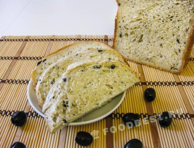 Хлеб с оливками и итальянскими травами