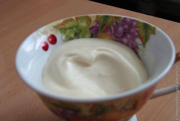 Как приготовить домашний майонез без яиц, с уксусом, горчицей, сметаной, на молоке и другие рецепты