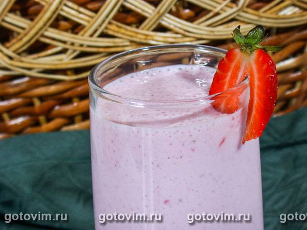 Кефирный коктейль с ягодами - 7 пошаговых фото в рецепте