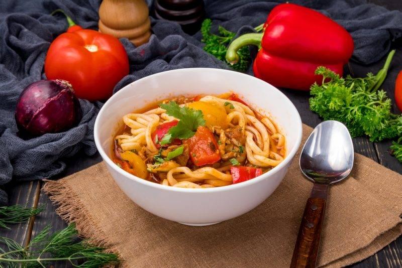 Как готовить лагман: раскрываем секреты среднеазиатского национального блюда