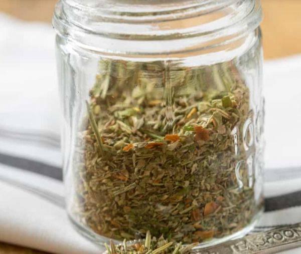 Как сделать смесь специй «Итальянские травы»