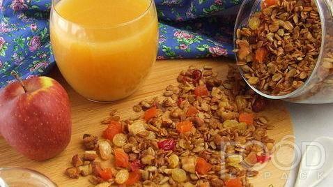 Хрустящее домашнее печенье с абрикосами и гранолой