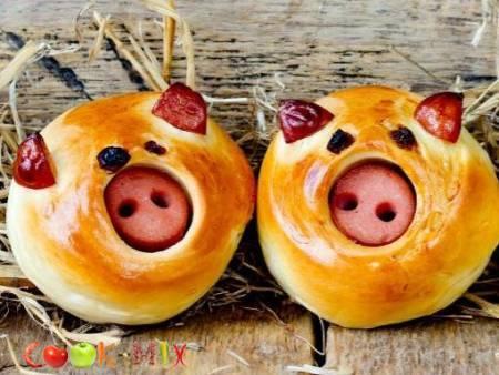 """Булочки """"счастливые свинки"""""""