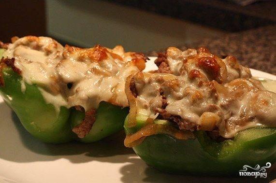 Перец, фаршированный овощами и грибами, в сметане — рецепт с фото пошагово
