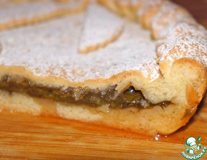 Пирожки со щавелем и сливой