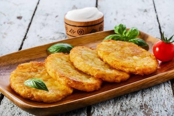 Картофельное пюре по-новому с сыром и зелёным луком