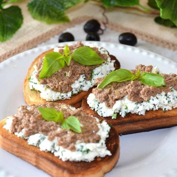 Брускетта с сардинами и сливочным сыром! невозможно остановиться!