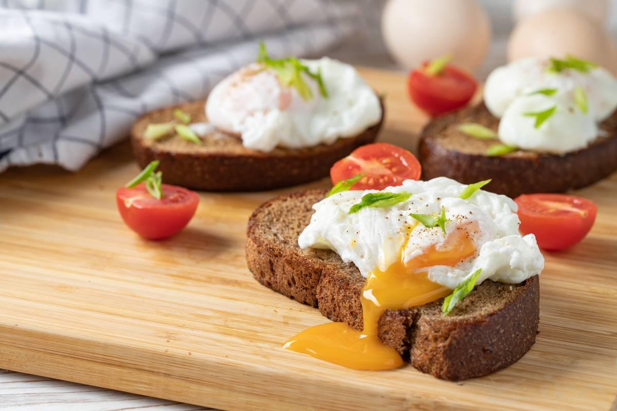 Как приготовить яйцо пашот? 5 фото-рецептов