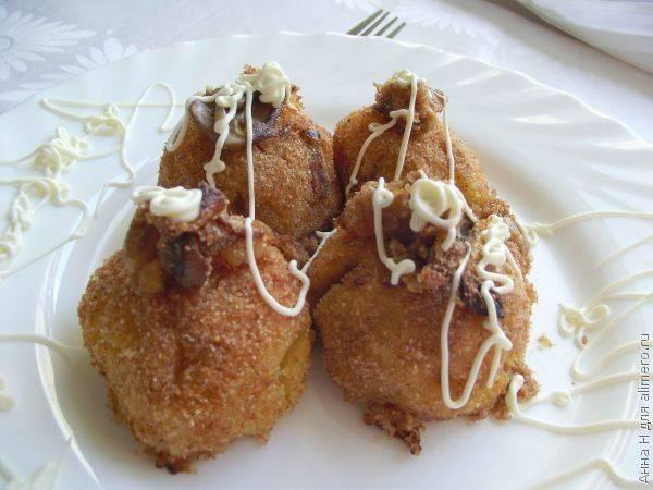 Картофельные шарики с белыми грибами