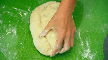 Дрожжевое тесто в пакете - быстрый и универсальный рецепт