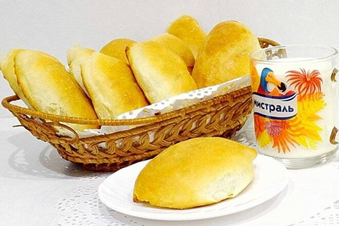Пирожки духовые с рисом и яйцом