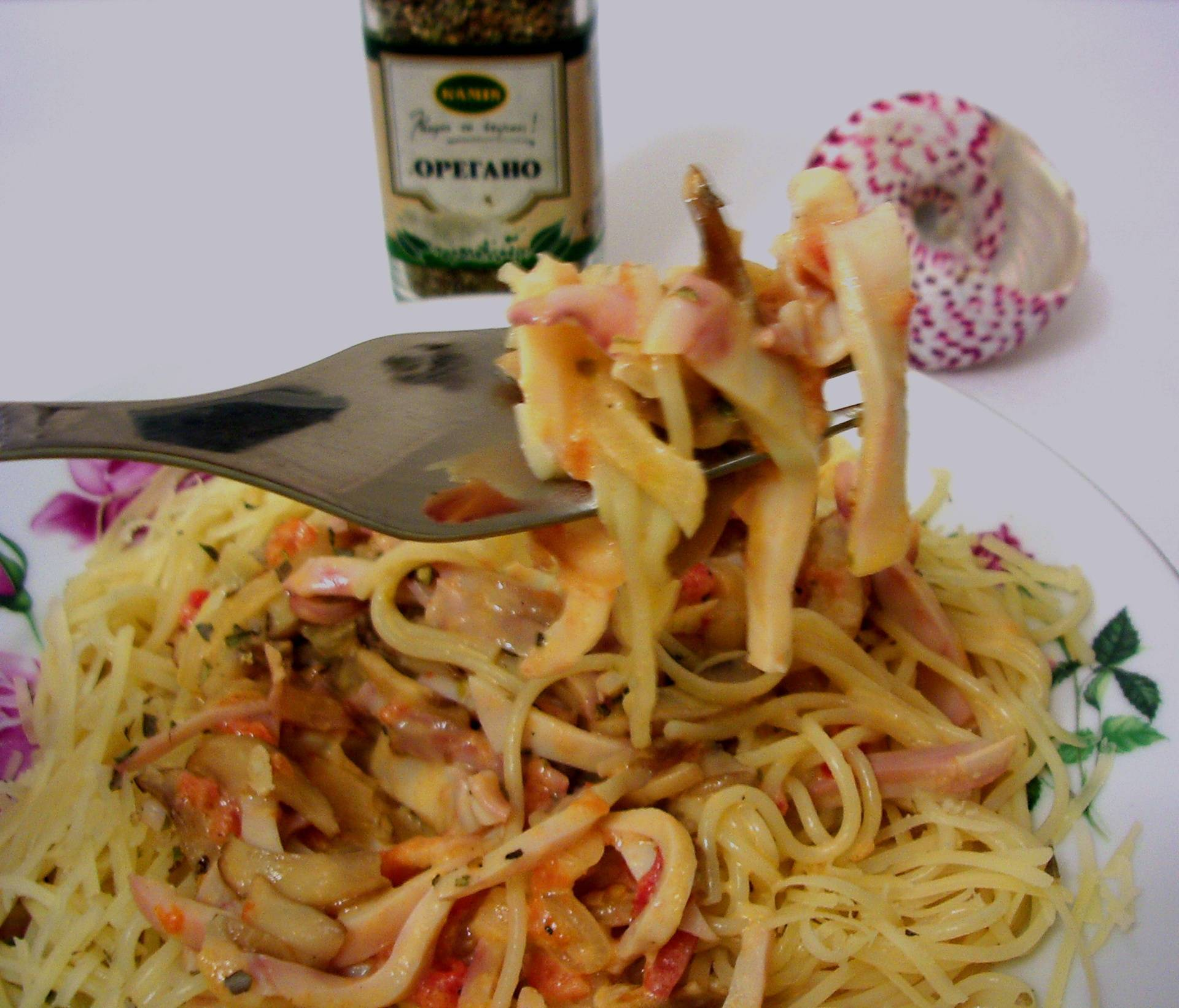 Паста с кальмарами по-итальянски
