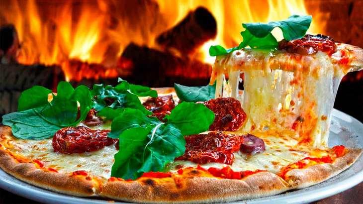 Время для настоящей итальянской пиццы: 7 лучших рецептов в домашних условиях