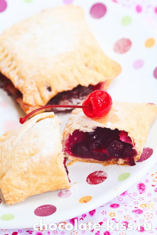 Пирожки с замороженными ягодами: рецепт и фото