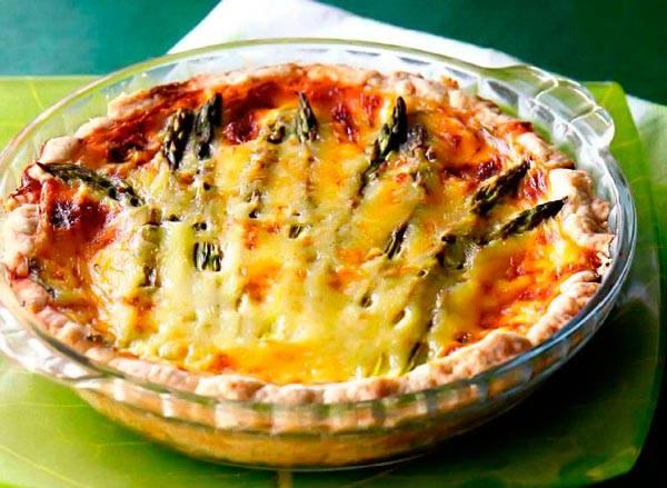 Сырный пирог со шпинатом и мясом