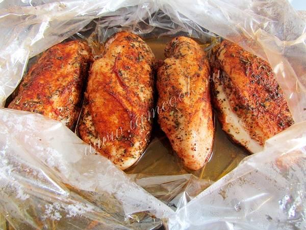 Куриные грудки в маринаде из хурмы