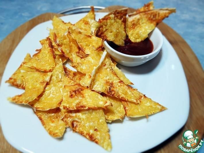 Хрустящие чипсы из лаваша с чесноком