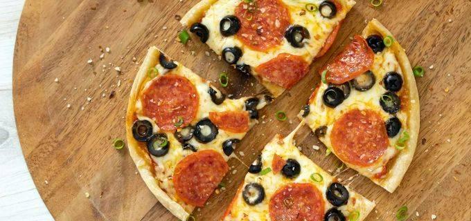 Макаронная запеканка с вялеными томатами и моцареллой