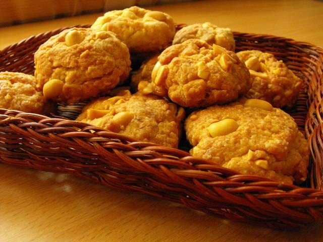 Арахисовое печенье на полбовой муке