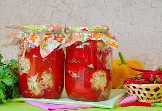 Перец, фаршированный капустой, на зиму - 7 пошаговых фото в рецепте