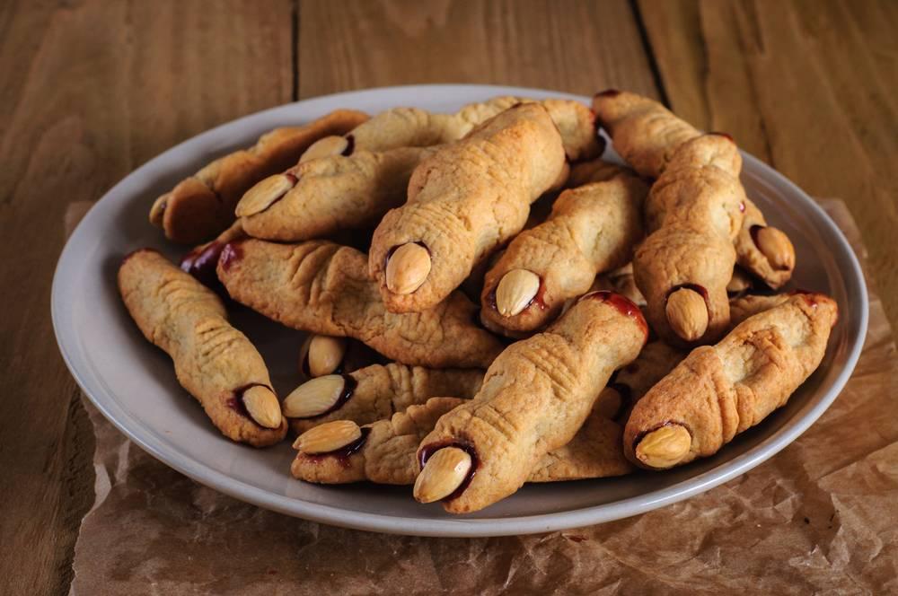 Печенье пальцы ведьмы — 4 страшных рецептов хэллоуин!
