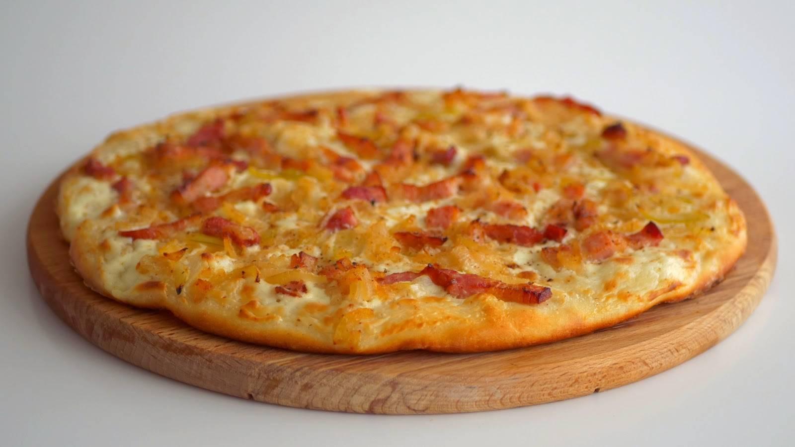Пицца на молоке и дрожжах