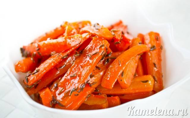 Морковный гарнир с петрушкой