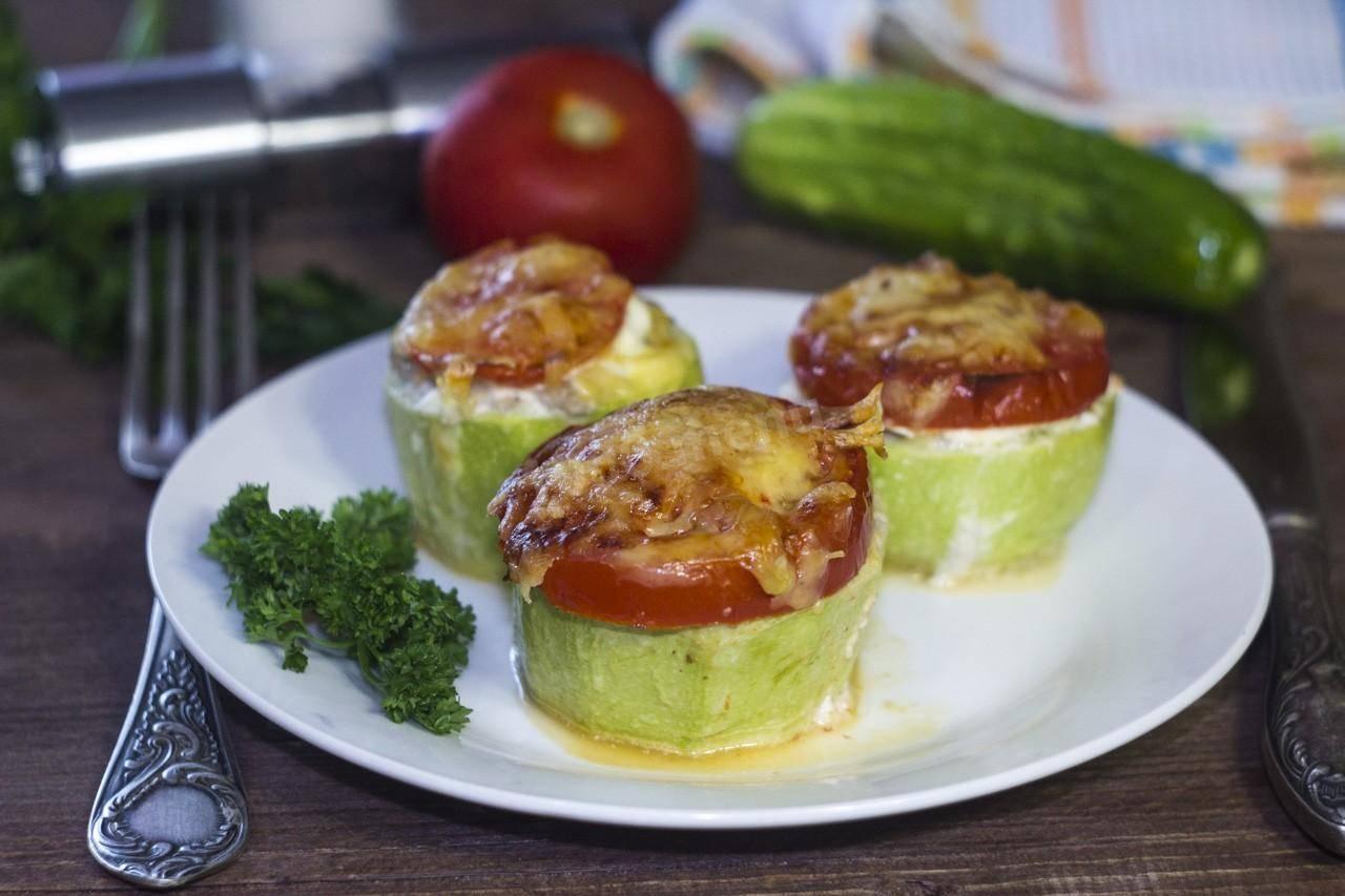 Кабачки с помидорами и сыром в духовке — 3 простых и вкусных рецепта