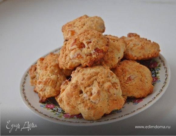 Пасхальное творожное печенье с курагой