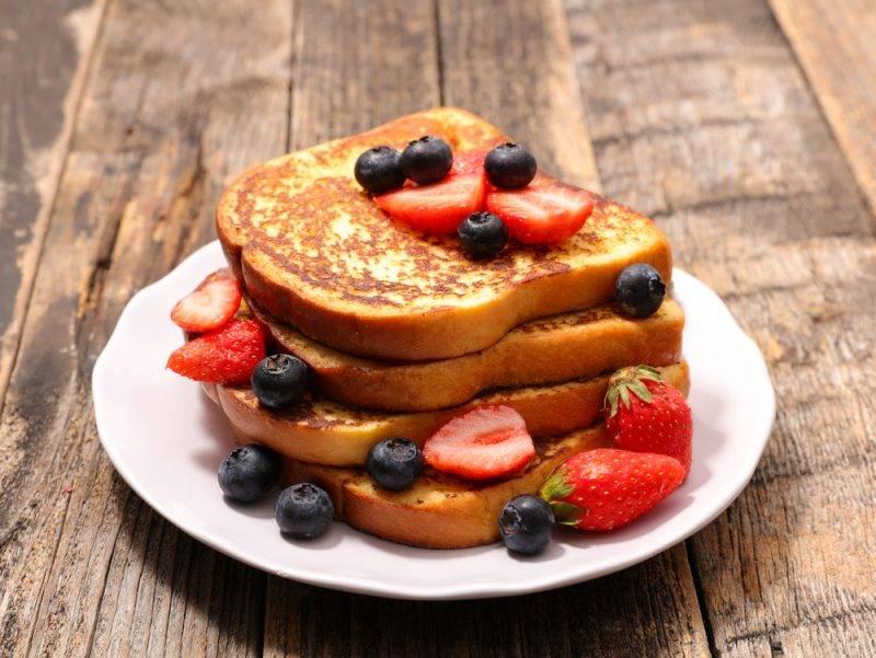 Французский банановый тост со сливками - идеальный завтрак