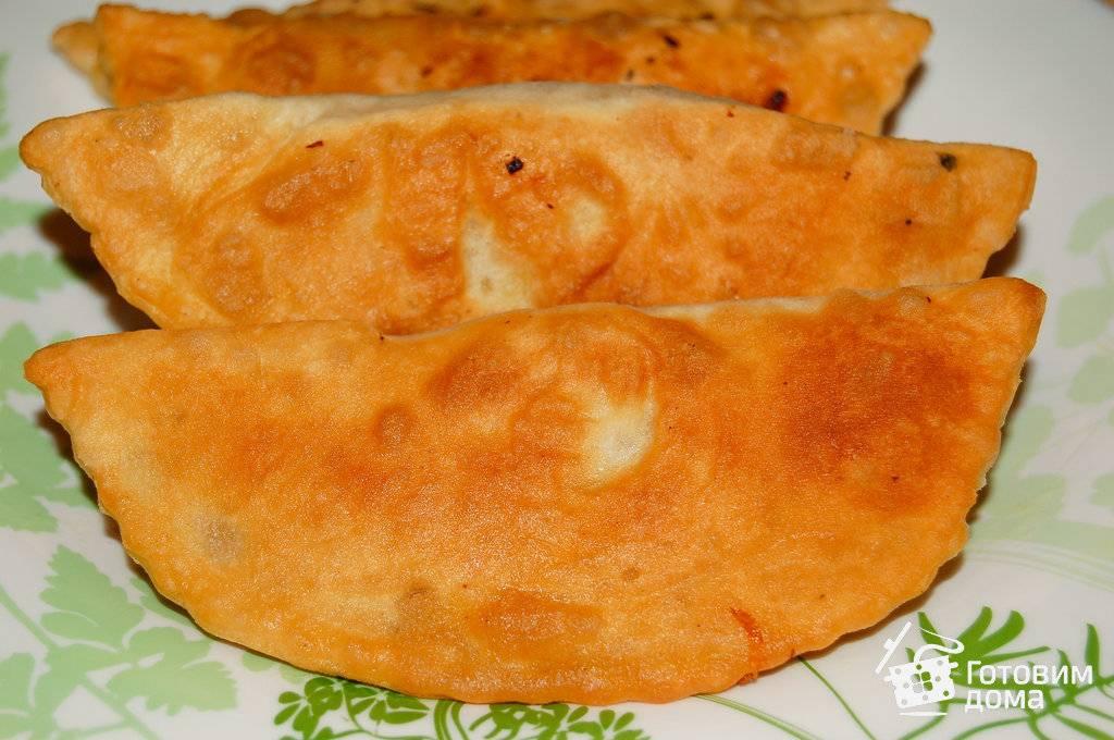 Чебуреки с рубленым мясом и капустой