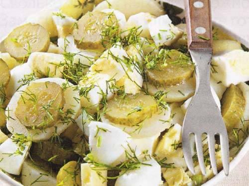 Картофельный салат с огурцами