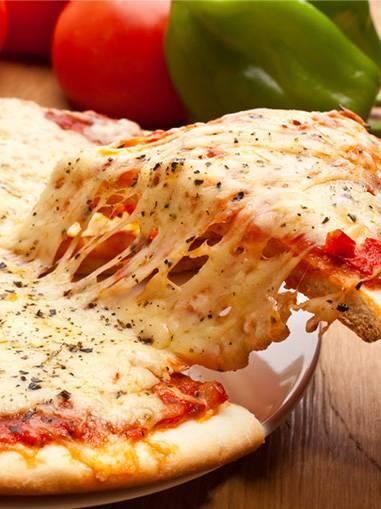 Самое вкусное начинается с соуса с майонезом для пиццы…