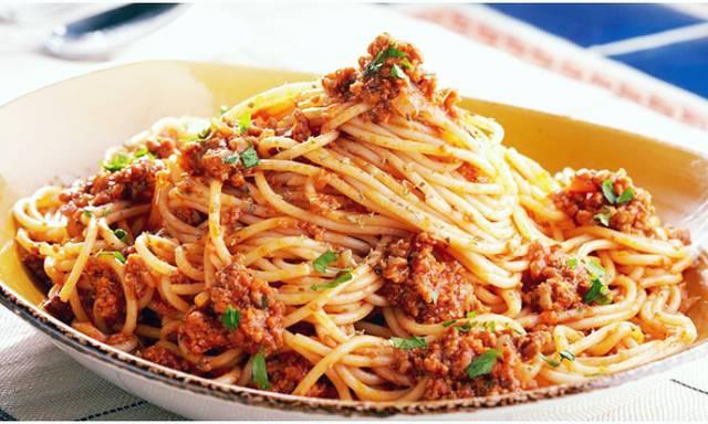 """Спагетти с соусом """"болоньез"""""""