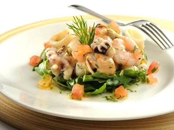 Вкусные, недорогие салаты с морепродуктами 2020 рецепты фото