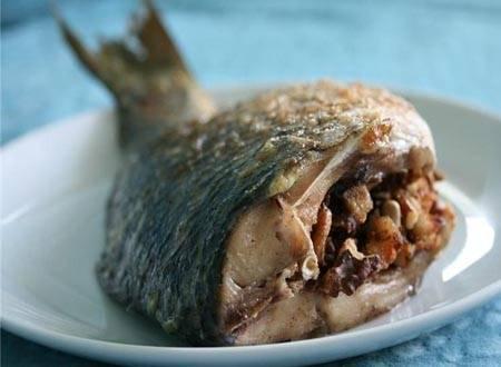 Фаршированная рыба по-азербайджански