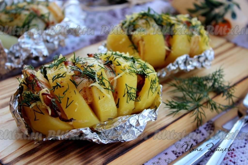 Как приготовить картофель с сосисками и грибами в горшочке? пошаговый рецепт с фото