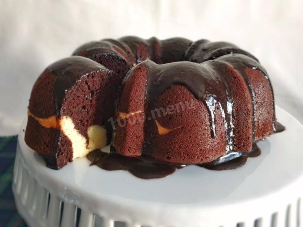 Ванильный кекс с кусочками шоколада
