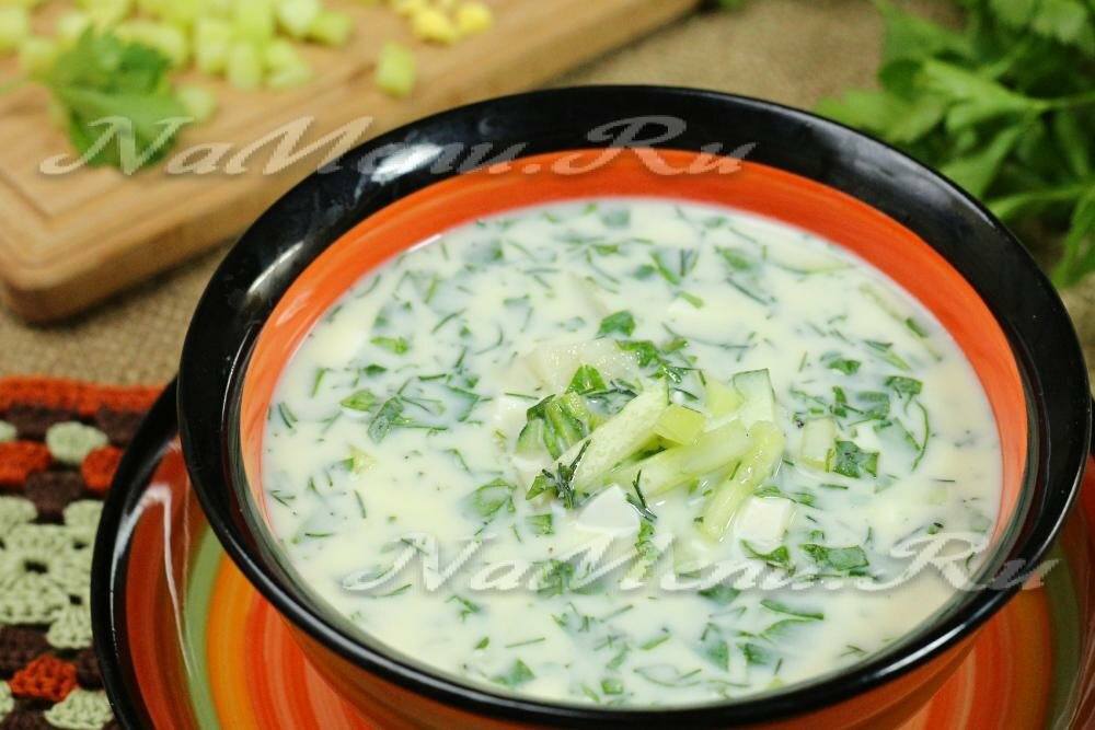 Готовим холодный огуречный суп