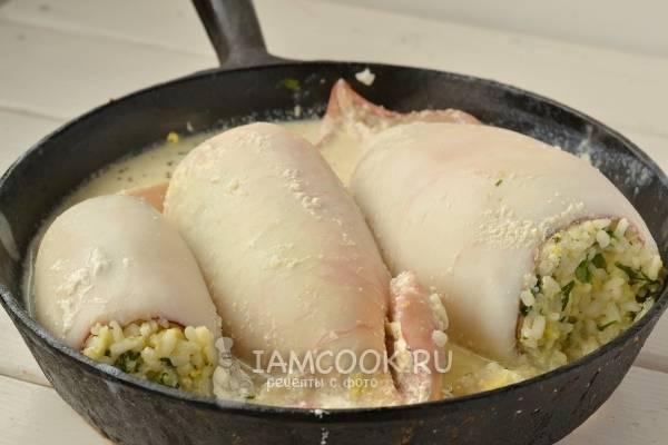 Кальмары фаршированные рисом в духовке